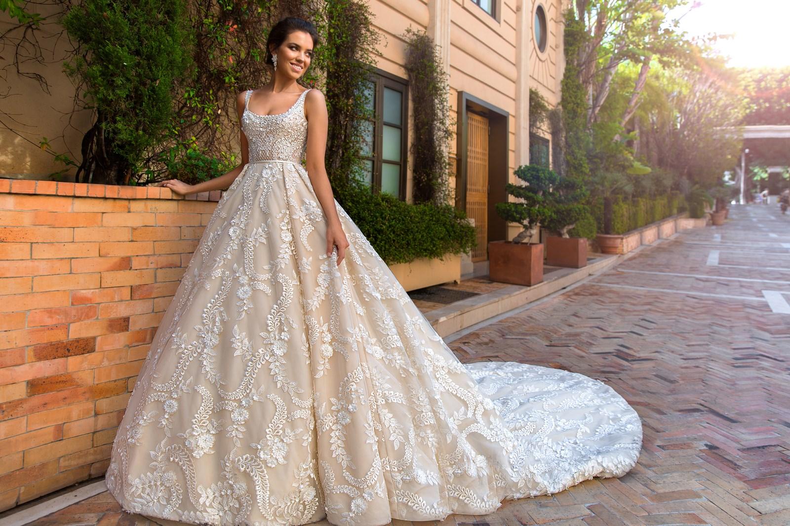Дизайн свадебных платьев пышные